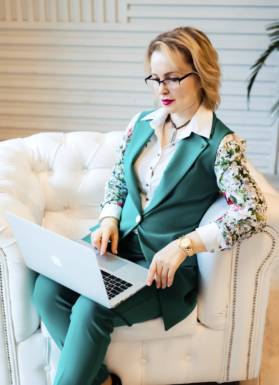 Ирина Мировая - автор книг и статей